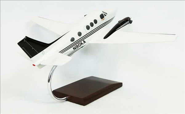 Beechcraft King Air C-90 Turboprop 1/32 Scale Desk Display Model
