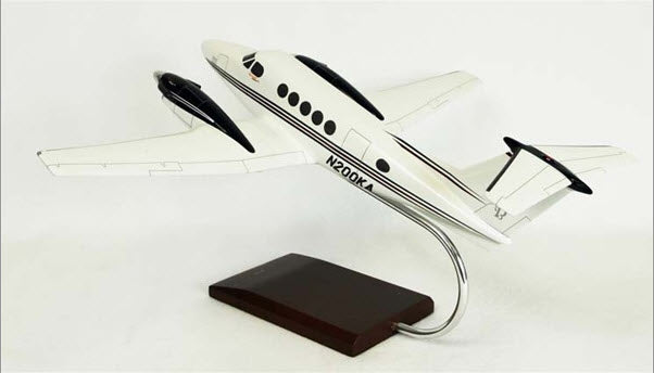 Beechcraft King Air B200 Turboprop Aircraft 1/32 Scale Aircraft Desk Model