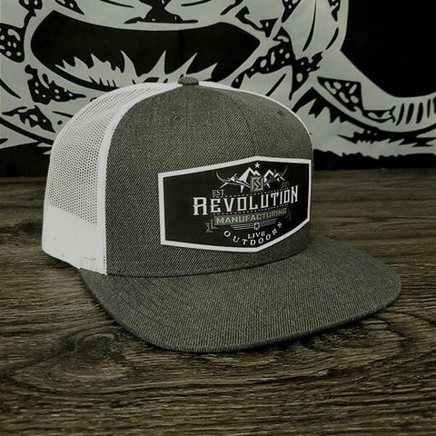 LIVE OUTDOORS Flat Bill Trucker Patch Hat | Heather Charcoal