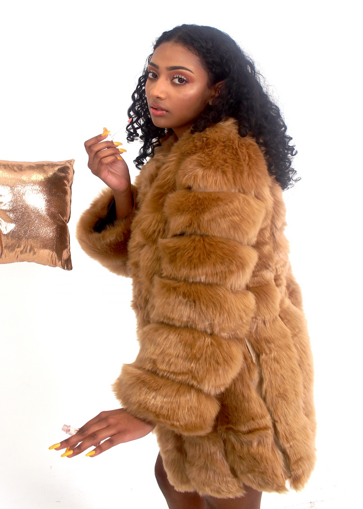 [Limited Edition] London Tan Fur Coat