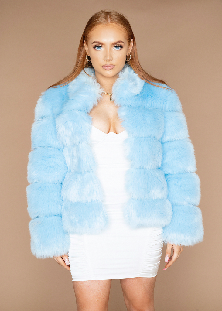 [Limited Edition] Moscow Baby Blue Fur Jacket
