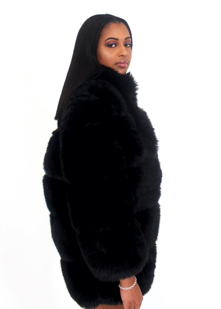 [Limited Edition] Moscow Black Fur Coat
