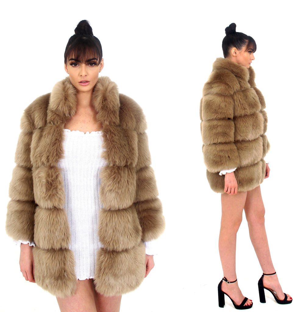 [Limited Edition] Moscow Champagne Fur Coat