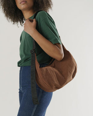 BAGGU Medium Nylon Crescent Crossbody Bag (Brown)