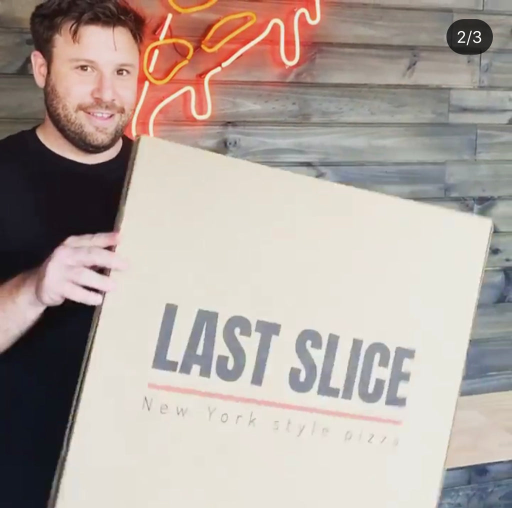 "last slice 22"" pizza"