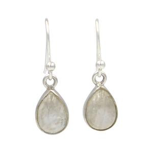 Classic tear-drop Sundari earrings with a plain sterling silver surround