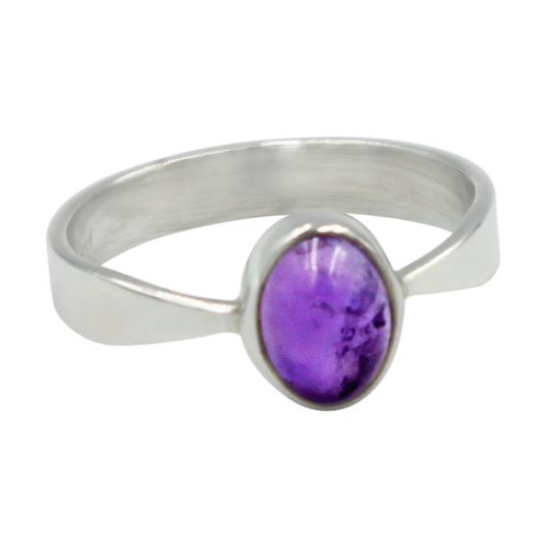 A very delicate ring in sterling silver with two slight curves  in the shank and a small oval Amethyst cabochon stone