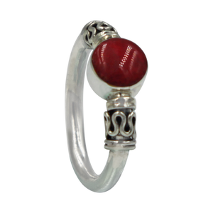 Another Sundari classic chunky wire solid sterling silver ring with a beautiful natural Coral head.