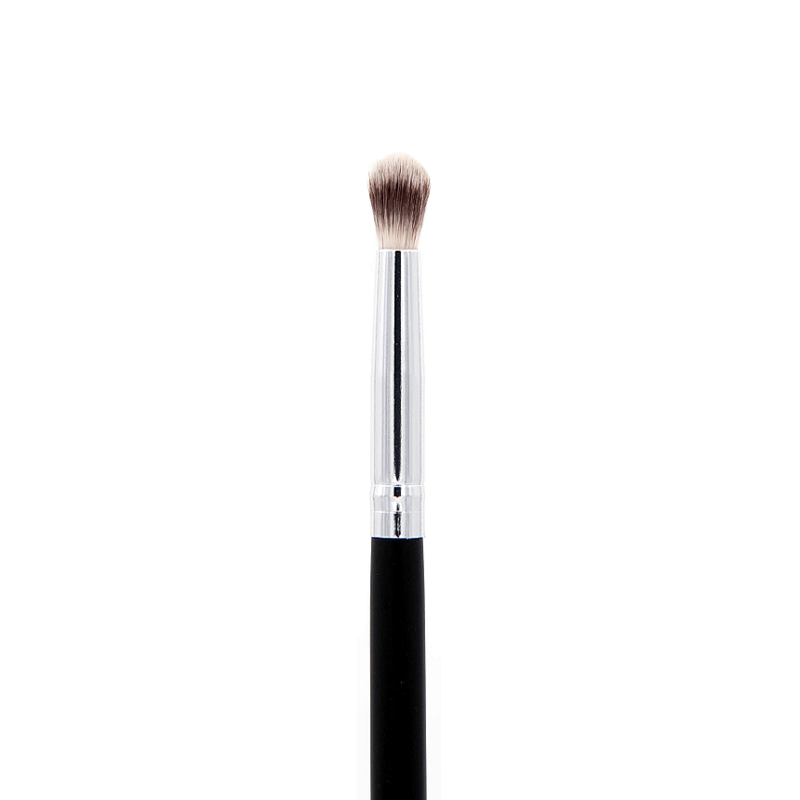 Deluxe Crease Makeup Brush SS012