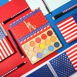 Stars & Stripes - 15 Color Eye Shadow Palette