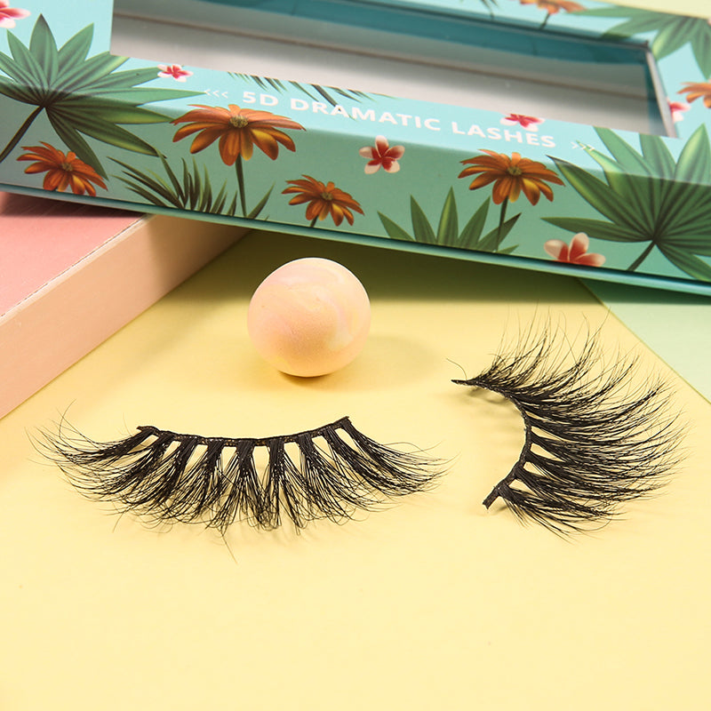 Adios, Beaches! 5D Dramatic Mink Lashes (One Pair)