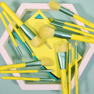 Lemon-13-Piece Makeup Brush Set DOCOLOR OFFICIAL