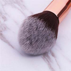 (ONLY ship to the USA now) Pointed Powder Brush DOCOLOR OFFICIAL