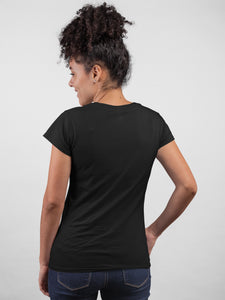 Queen 01 Round Neck Black Color Cotton T-Shirt For Girls By Stylewati - Back View - 201971_023
