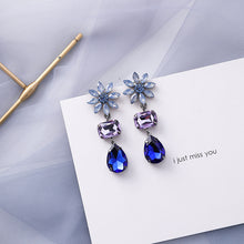 Load image into Gallery viewer, Foggy Rain Earrings-10