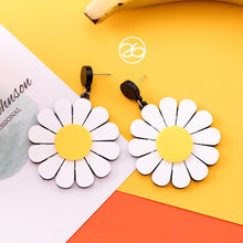 Load image into Gallery viewer, Best Sunflower Earrings