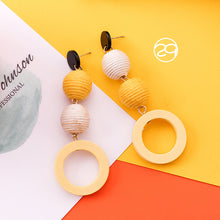 Laden Sie das Bild in den Galerie-Viewer, Energy Sunflower Earrings Wearlikes