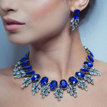 Carica l'immagine nel visualizzatore di Gallery, Fashion Handmade Clip Diamond Crystal Necklace Earring Set