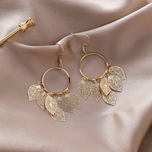 Load image into Gallery viewer, Gold Leaf Earrings