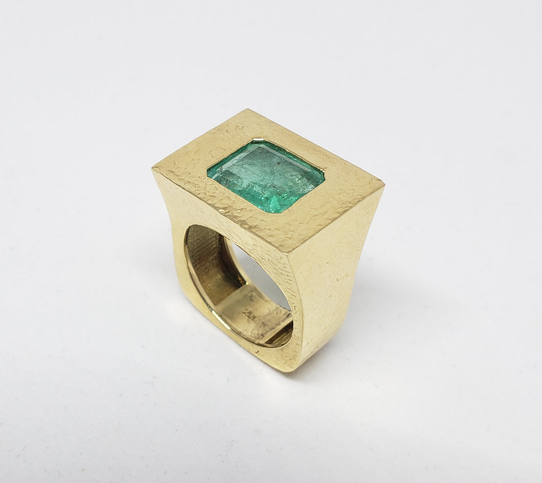 Men's Emerald 18k Gold Ring