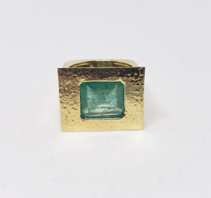 Emerald Ring 18k Gold -  Size 8.5