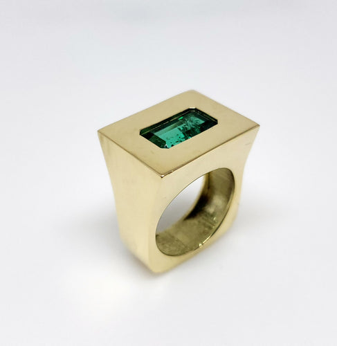 Mens Emerald 18k Gold Ring