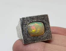 Load image into Gallery viewer, Sterling Silver Opal  Ring