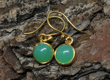 Load image into Gallery viewer, Chrysoprase Gold Earrings