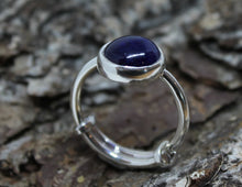 Load image into Gallery viewer, Blue Sapphire Silver Ring
