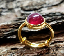 Load image into Gallery viewer, Ruby Gold Ring