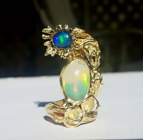Opal Ring 14k  Solid Yellow Gold -  Size 7 - Natural Gemstones  #1493