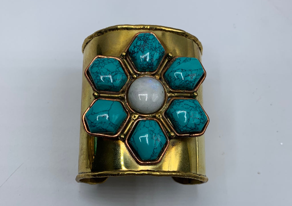 Turquoise cuff flower