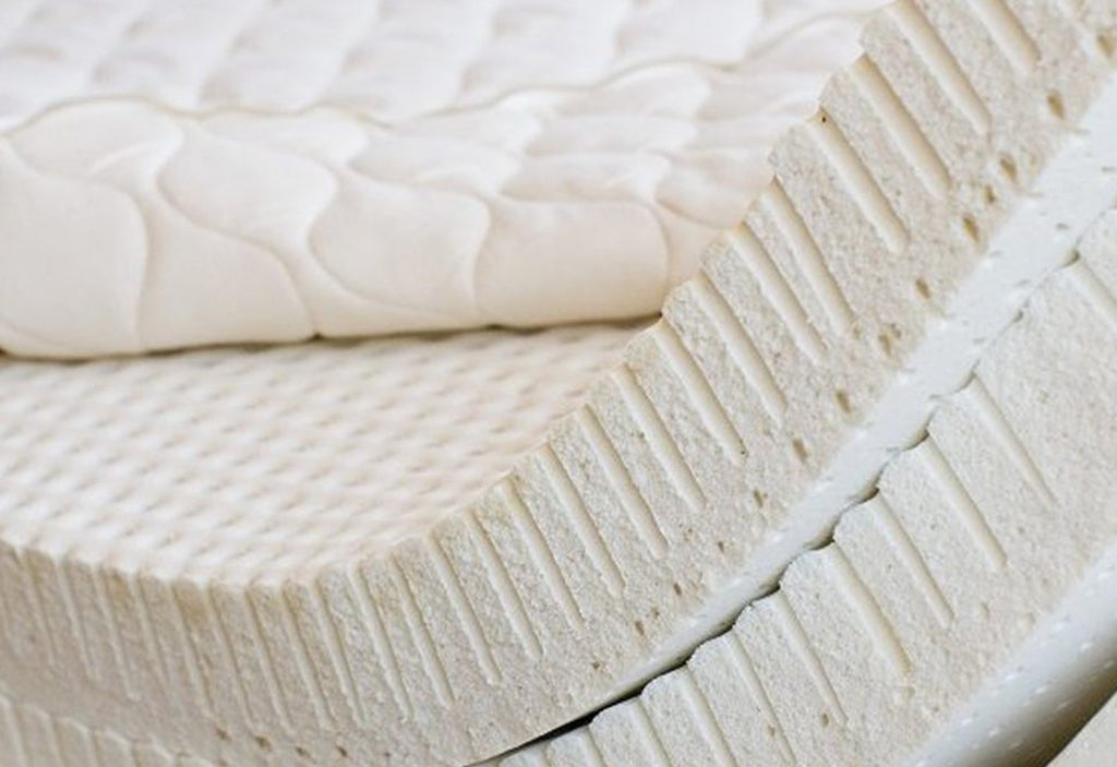 MEMORY FOAM VS. LATEX - WHAT'S THE DIFFERENCE?