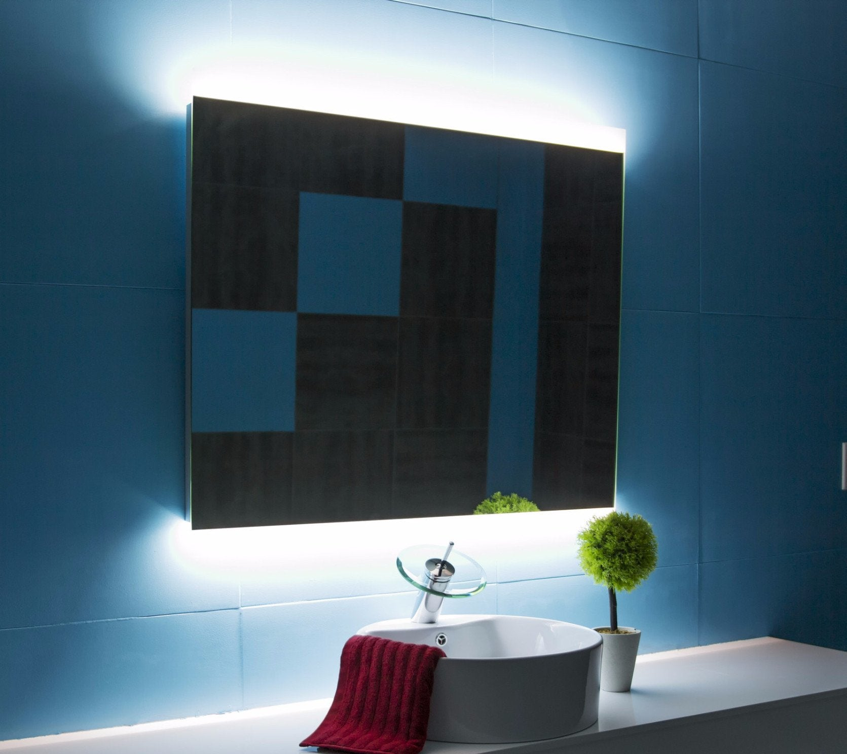 Dimmable Backlit Mirror Paris