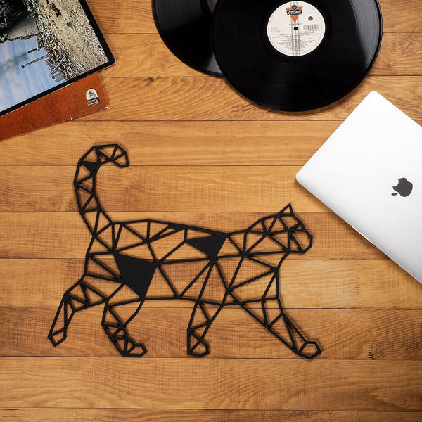 W06 - Cat Metal Wall Decor