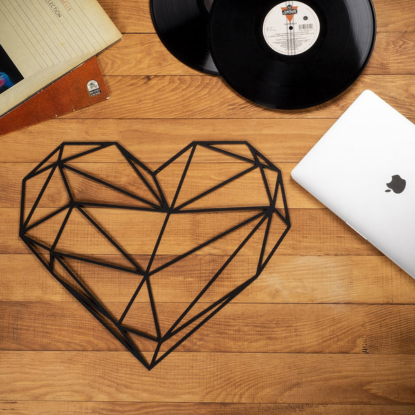 W14 - Heart Metal Wall Decor