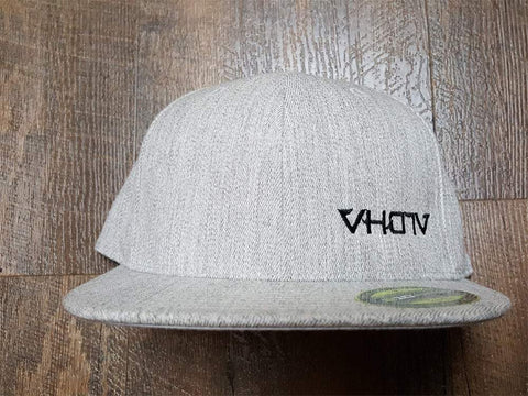 Fitted: Small Logo Hat (Heather Gray/Black) - VH07V