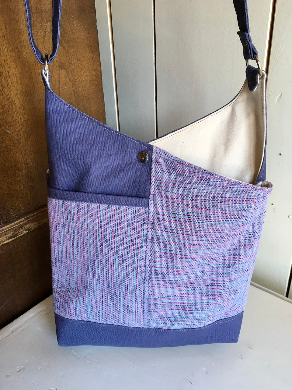43 Bent Crossbody Snap Top - Lavender/Lavender