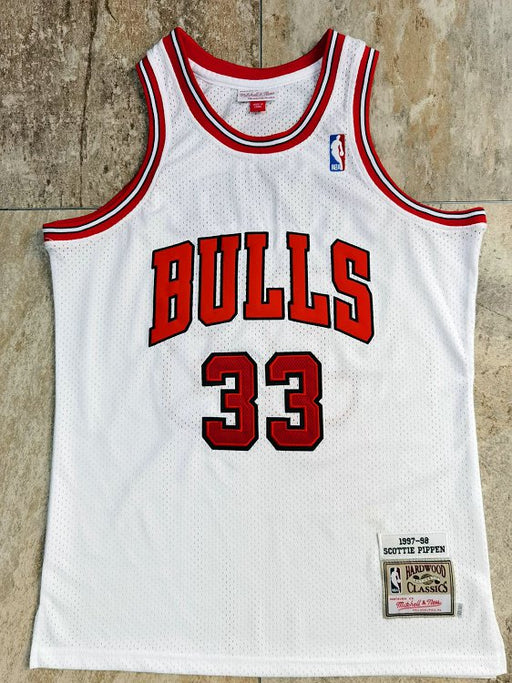 #33 Pippen chicago bulls Authentic M&N jersey white