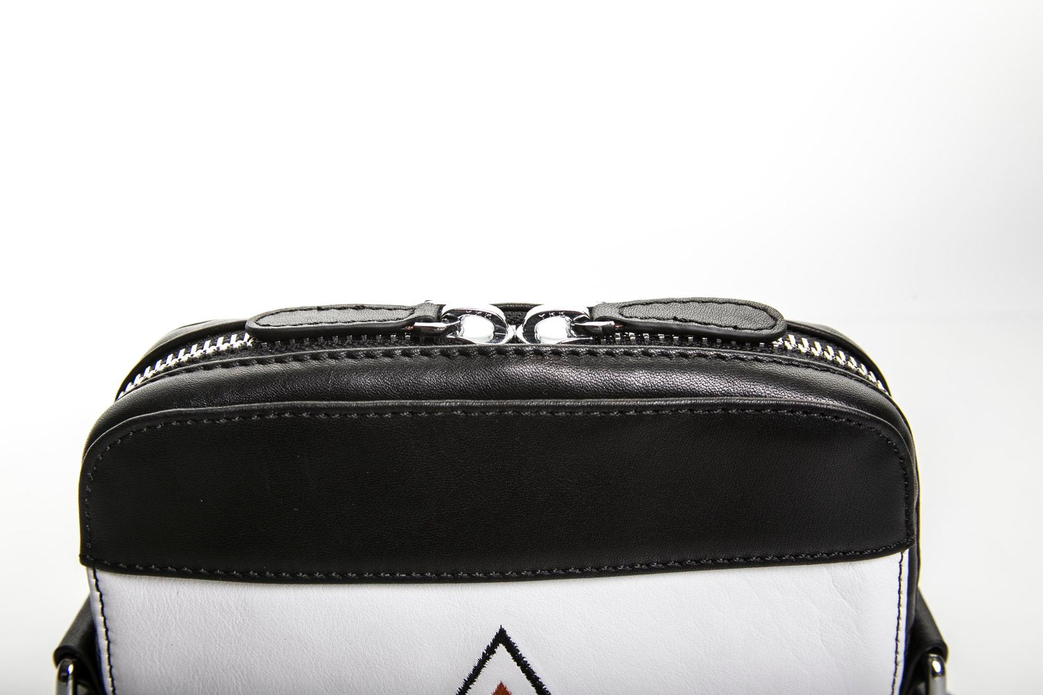 CB VIOR | Power Black Unisex Messenger Bag