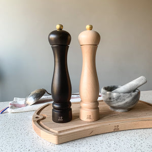 Peugeot Canada Clermont Salt and Pepper mill Set - 24 cm - Natural and Chocolate