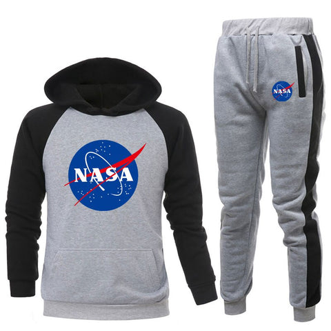 New Two Pieces Sets Fashion hot Brand Hooded Sweatshirts Sportswear men Tracksuits Hoodie Autumn Clothes Hoodies+Pants men Sets