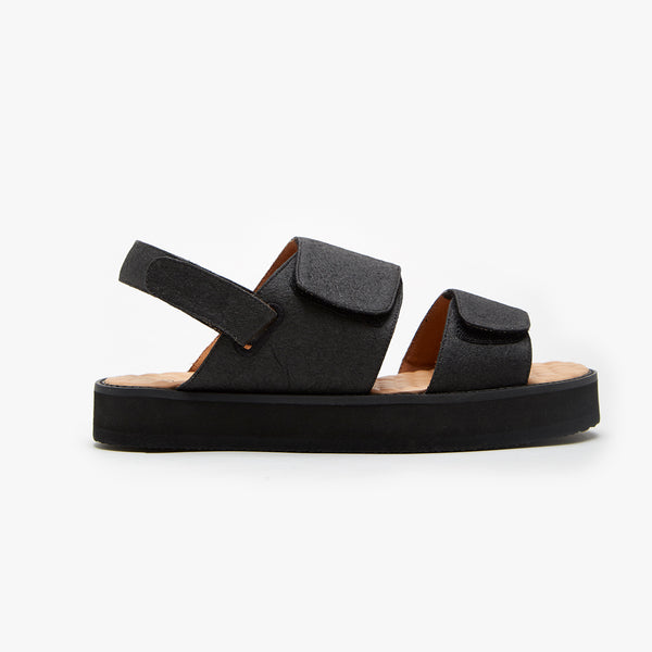 PIÑATEX STRAP SANDAL - Insecta Shoes