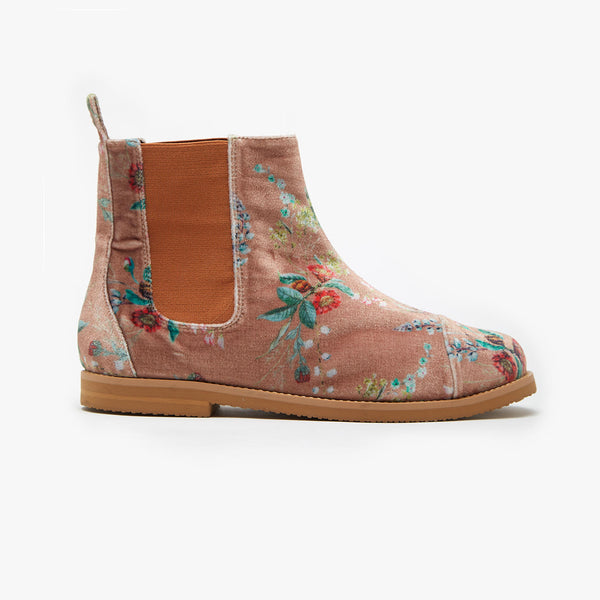 VELUDO CAMELIA CHELSEA BOOT - Insecta Shoes Brasil