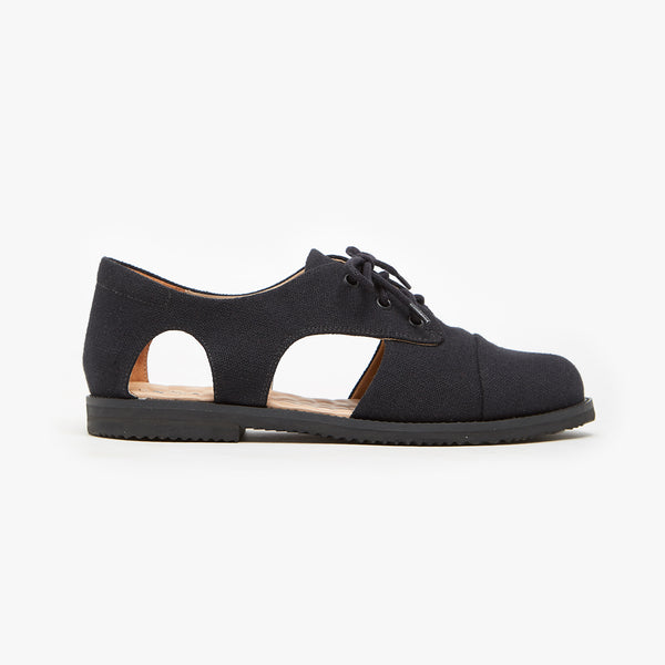MONO BLACK CUTOUT OXFORD