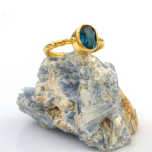 Load image into Gallery viewer, Twisted Wire Silver Natural London Blue Topaz Ring