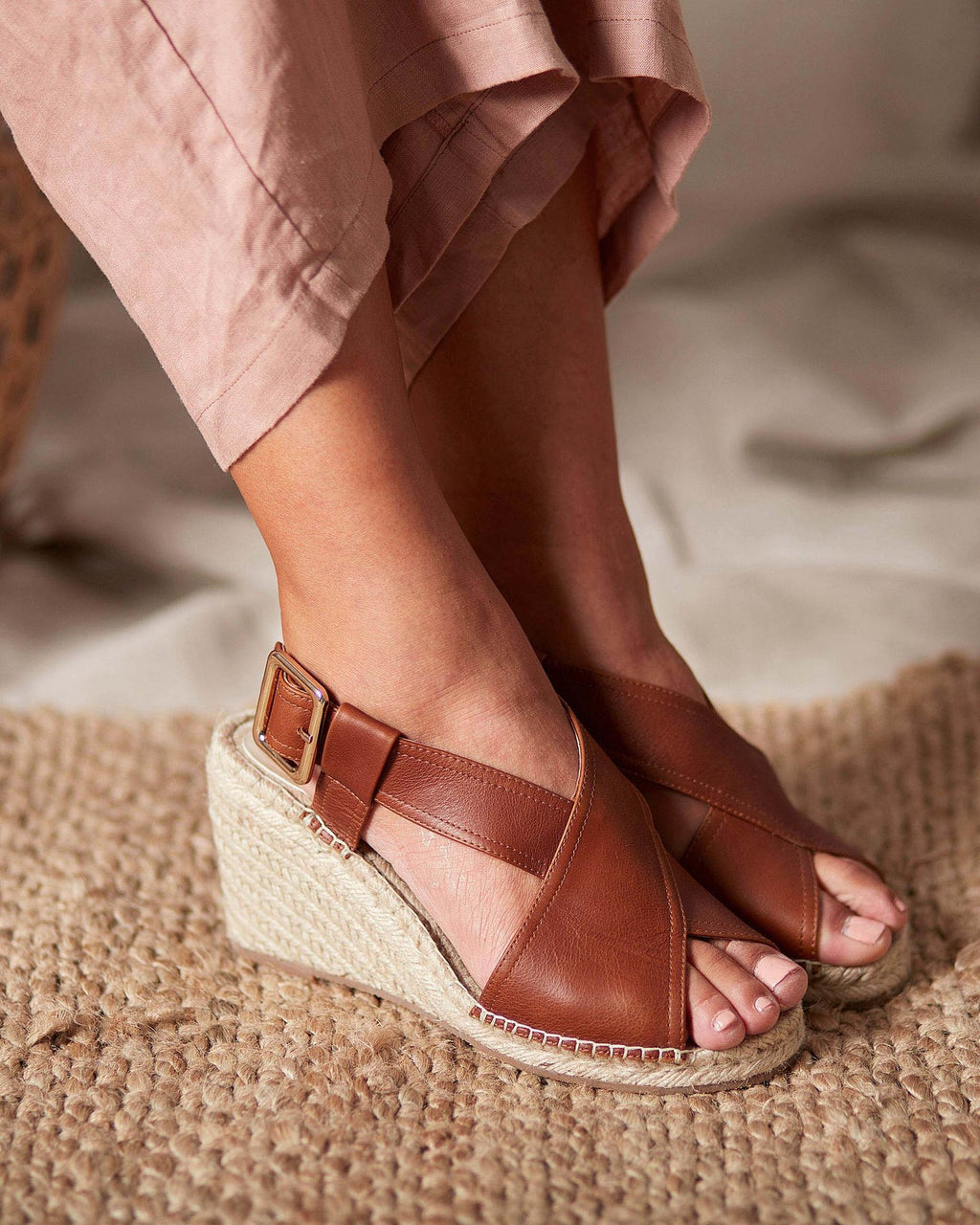 Walnut Melbourne Vera Wedge - Tan Leather