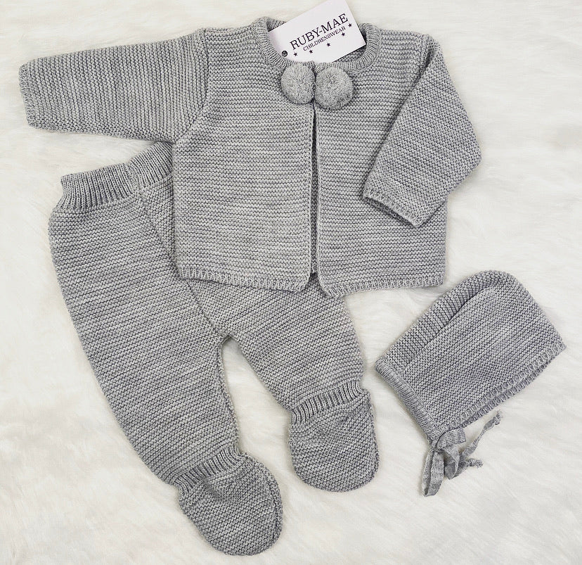 UNISEX Grey Pom Pom Knitted Outfit With Matching Hat