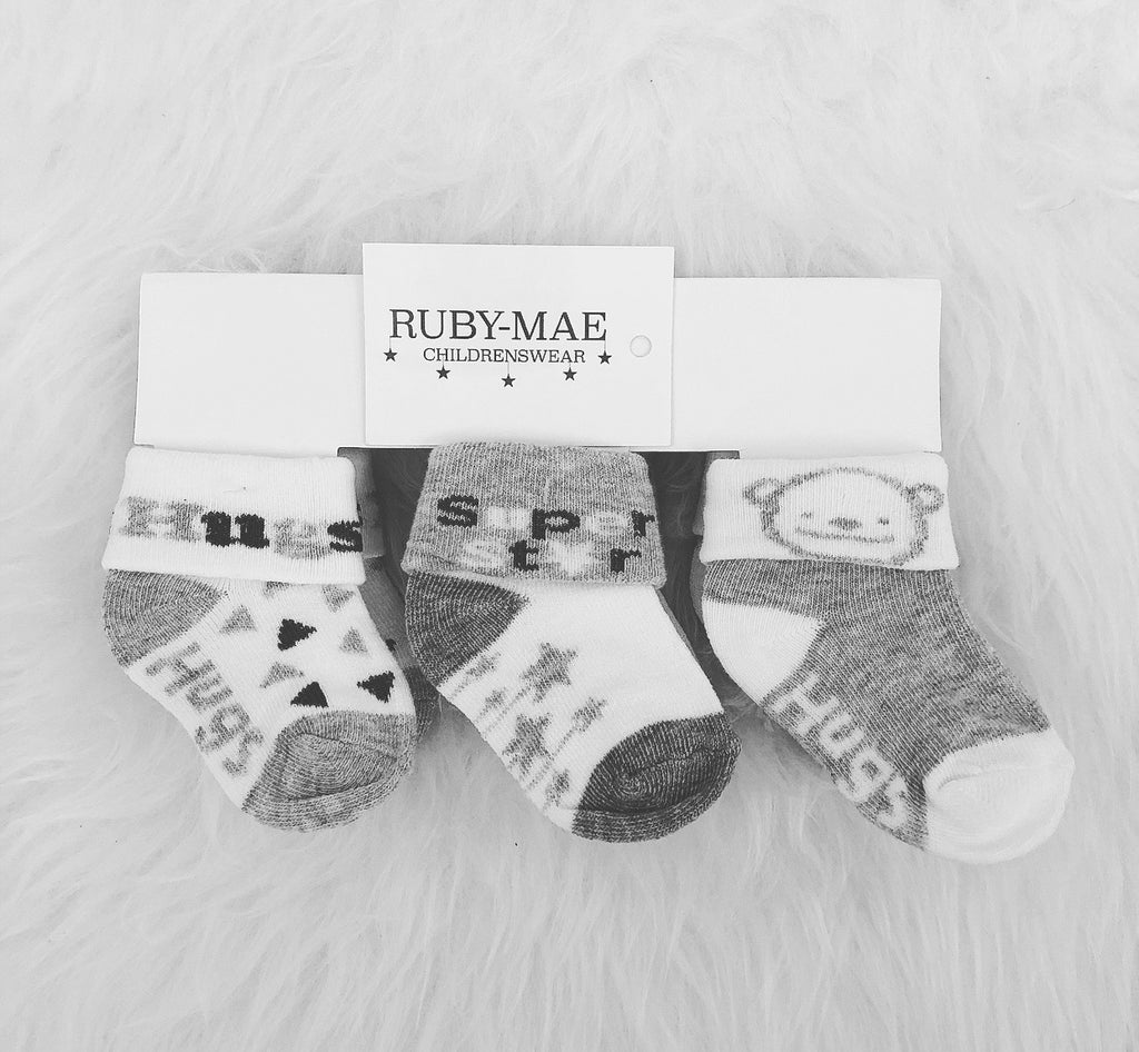 Pack Of 3 Grey & White Socks