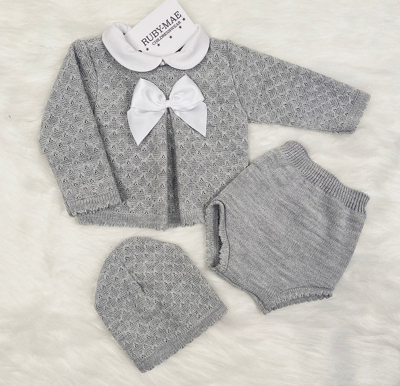 UNISEX GREY Diamond Knitted Two Piece Outfit With Matching Hat